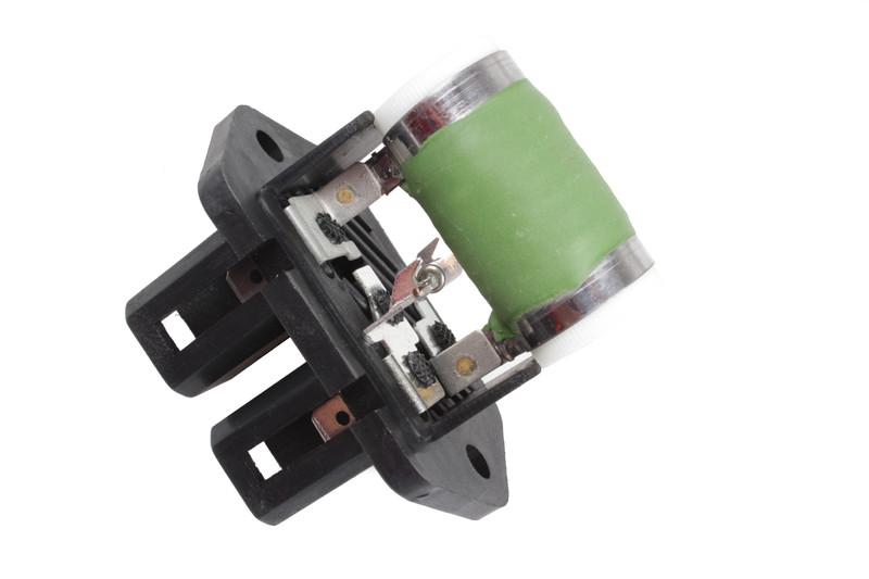 Fiat Idea 1.9 8V JTD 100HP předřadný odpor ventilátoru sahary